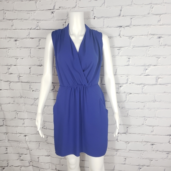 Aritzia Dresses & Skirts - Wilfred Blue Sleeveless Shirt Dress